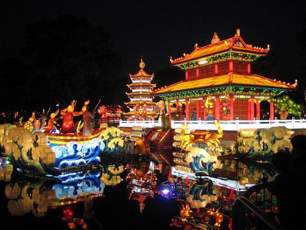 Китайский новый год начинается с
